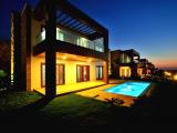 Triplex Villa. Eşyalı, Özel Havuzlu, Bahçeli